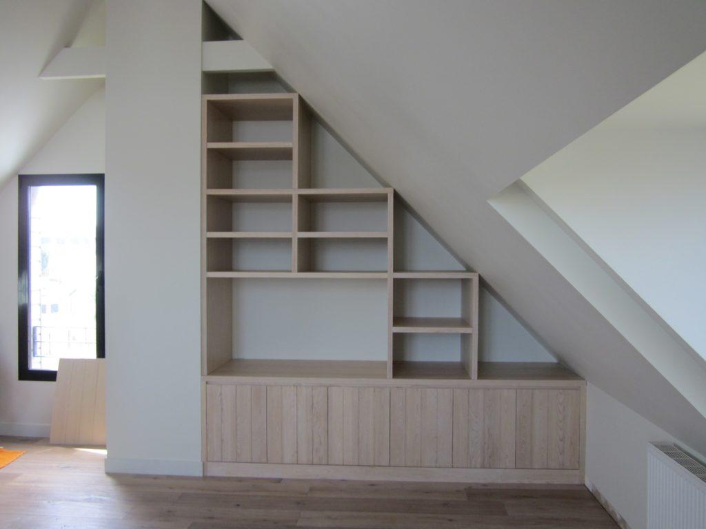 Aménagement intérieur : pose de placards en bois